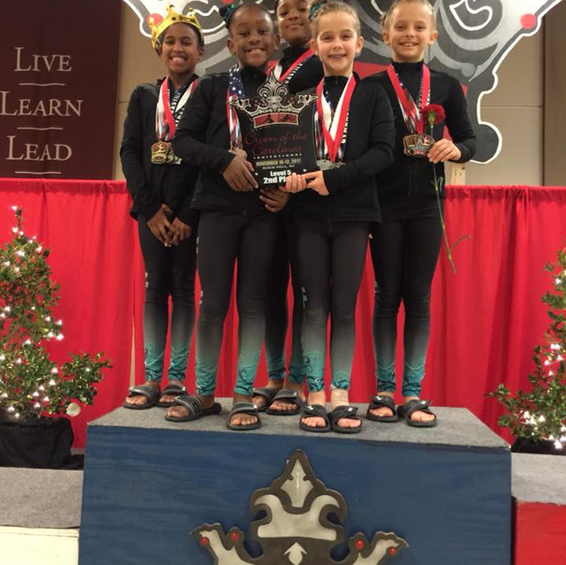 FIF Level 5 2nd Place Team Crown 2017