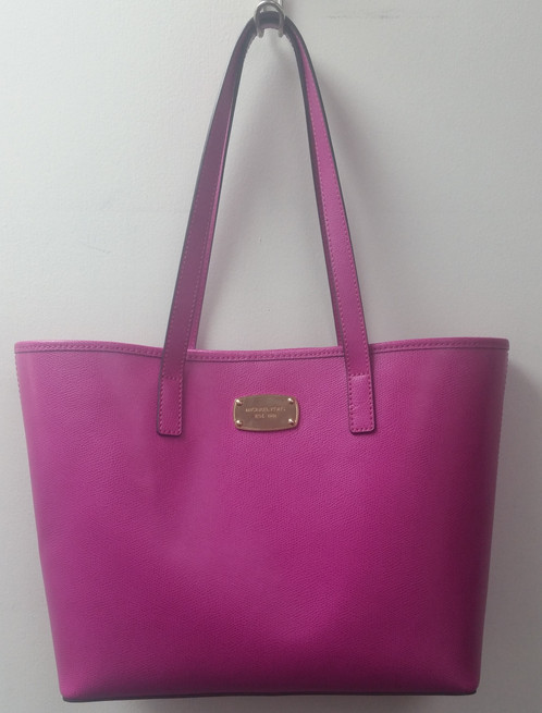 2a008aa49b sweden michael kors handbag policy status 77089 dae85