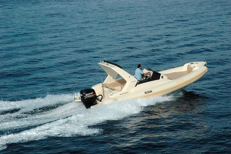 25-1-offshore-gommone-solemar-open-fuoribordo-battello-natante4.jpg
