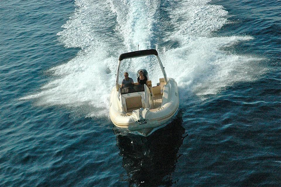 23-1-offshore-gommone-solemar-open-fuoribordo-battello-battello-natante4.jpg