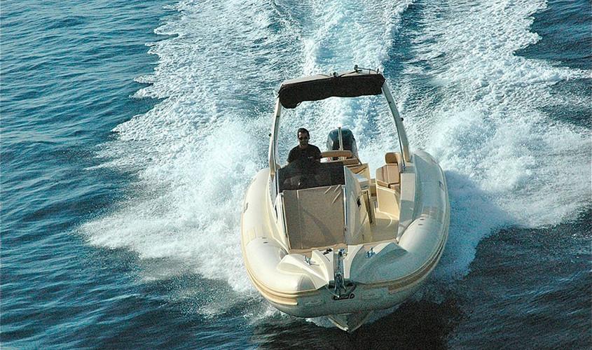 28-offshore-gommone-solemar-open-fuoribordo-battello-natante3.jpg