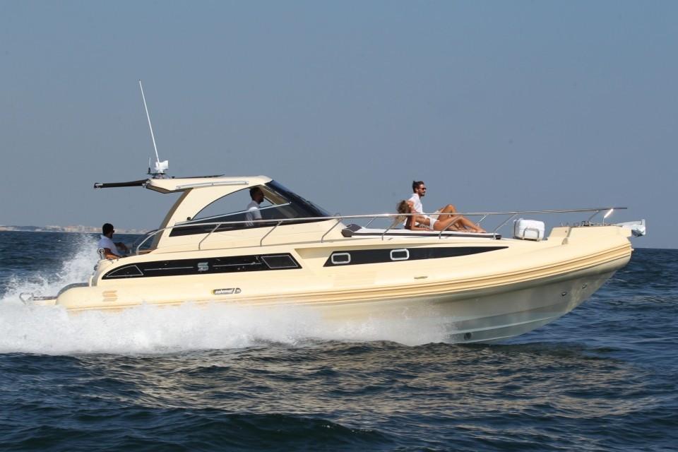 35-steel-oceanic-gommone-solemar-cabinato-entrofuoribordo-natante.jpg
