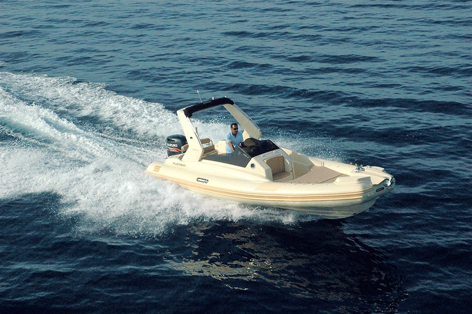 25-1-offshore-gommone-solemar-open-fuoribordo-battello-natante5.jpg