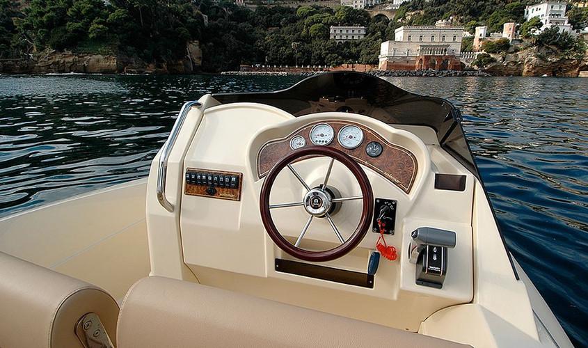 23-1-offshore-gommone-solemar-open-fuoribordo-battello-battello-natante7.jpg