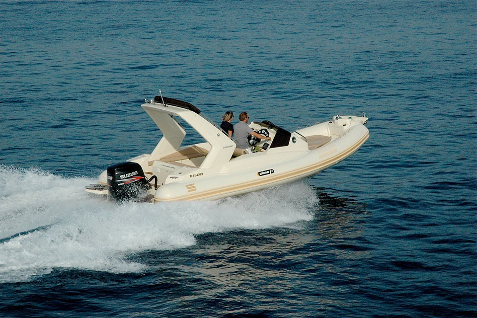 23-1-offshore-gommone-solemar-open-fuoribordo-battello-battello-natante2.jpg