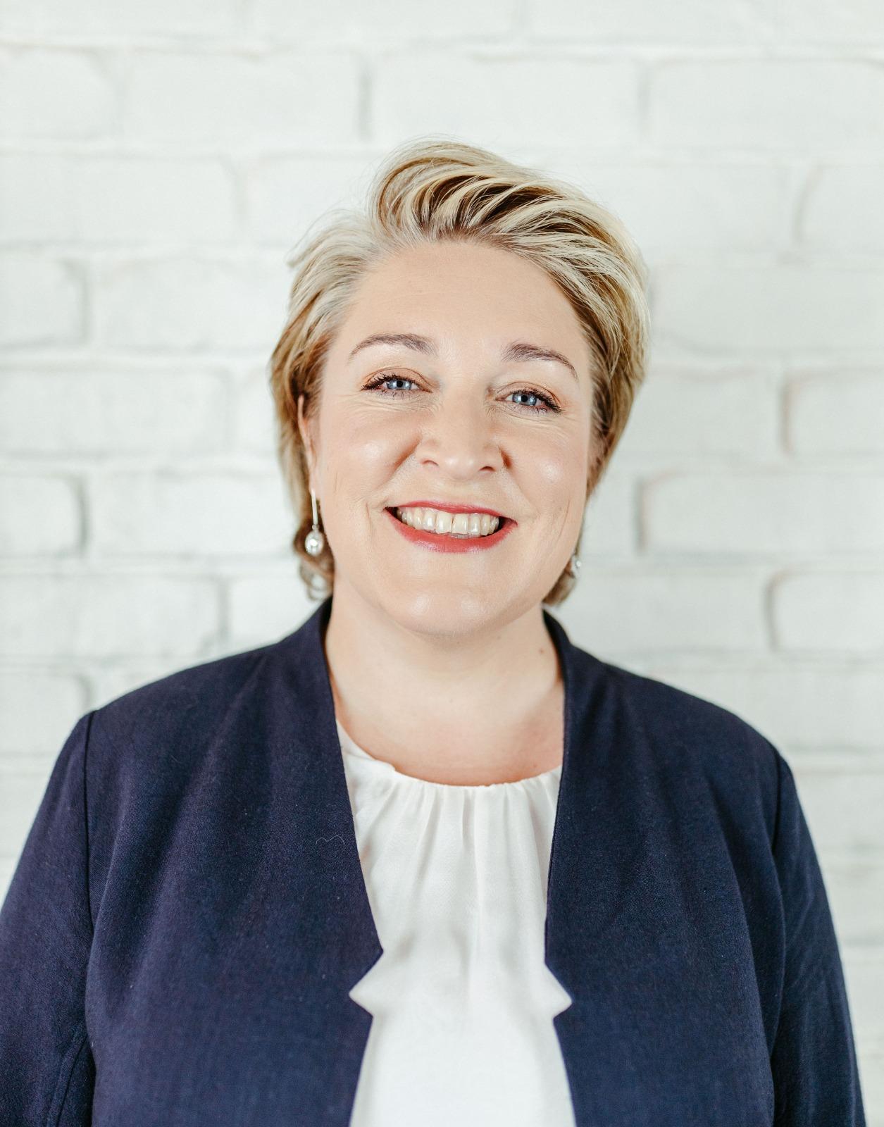 Oksana Samkova