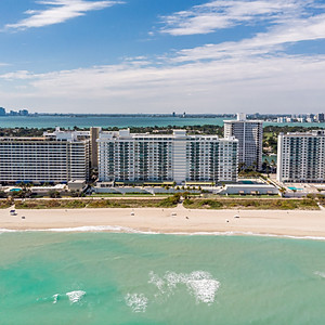 5601 Collins Ave #612A