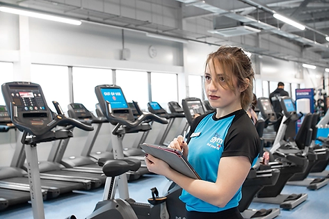 Personal-Trainer-Martina-Garraffo-The-Gym-Group-Norwich-Hall-Road-Photographer.webp