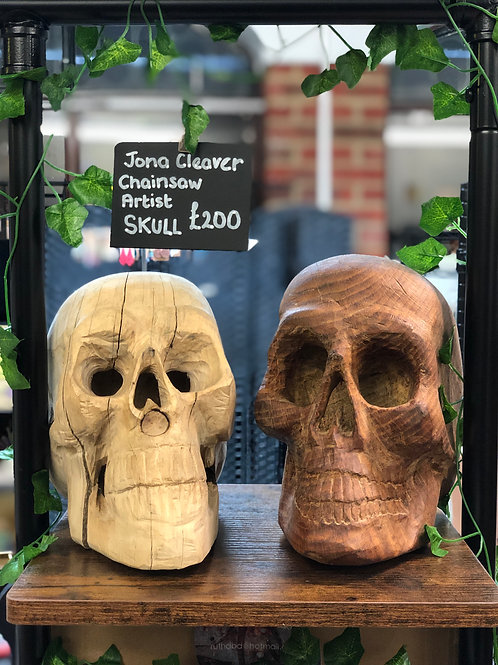 Skull from Chainsaw artist, Jona