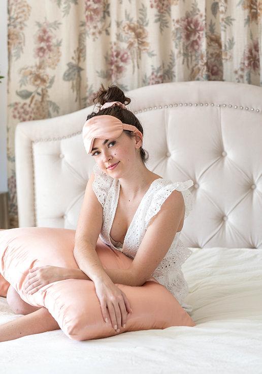 Kristen-Wells-StrobeSilk-Mar1-009.jpg