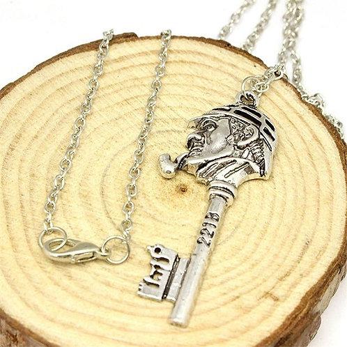 Retro Sherlock Holmes Necklace