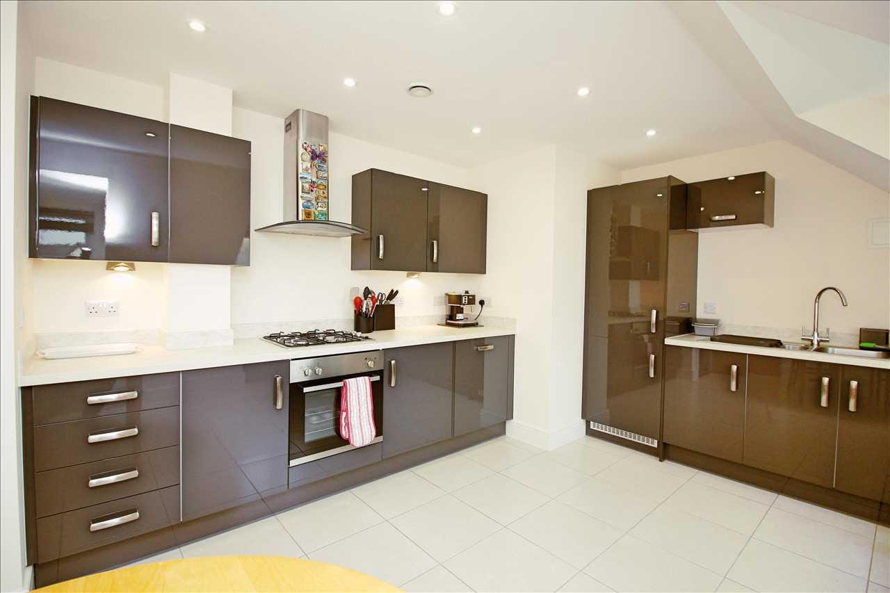 Kitchen - angle 1