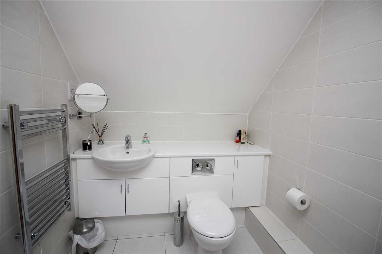 Bathroom 1 - angle 1