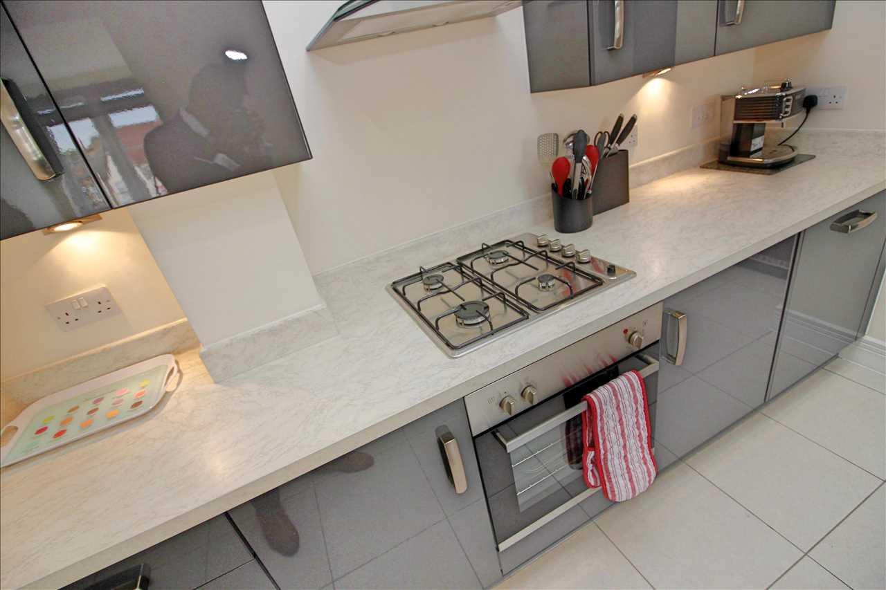 Kitchen - angle 2