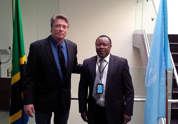 Minister Plenipotentiary Mr. Shilla of the Misson of Tanzania / CEO& Inventor Mr. Rob Elfstrom