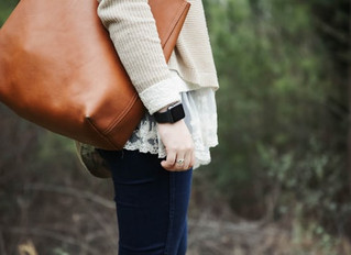 Ladies, Is Your Large Purse the Cause of Your Back Pain?