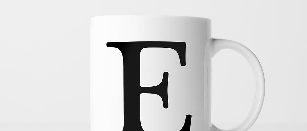Buchstabe E - Keramiktasse