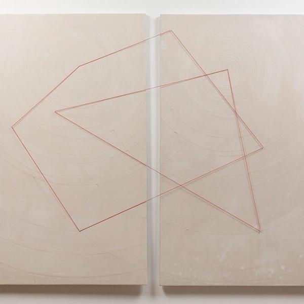 A fleur de peau : Espace deux dimensions & demi Techniques mixtes,  2 oeuvres 130 x 89cm (diptique) dimension variable avec fils élastique, 2015 - VENDU