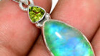 Moonstone pendant with peridot accent