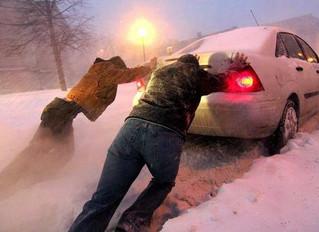 Простые ошибки в зимнем вождении: как облегчить жизнь себе и своей машине