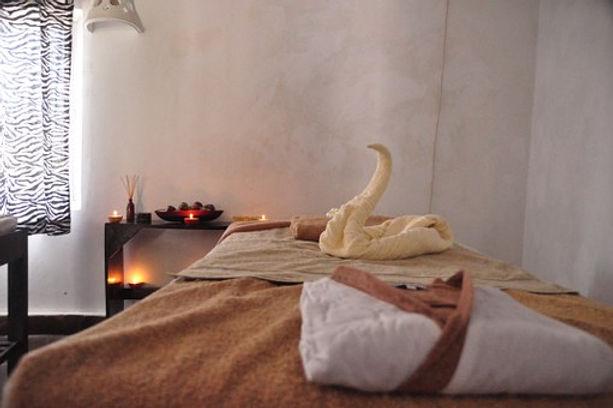 luxury-spa-686386__340.jpg