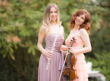 Laruan präsentiert: Geige und Flöte