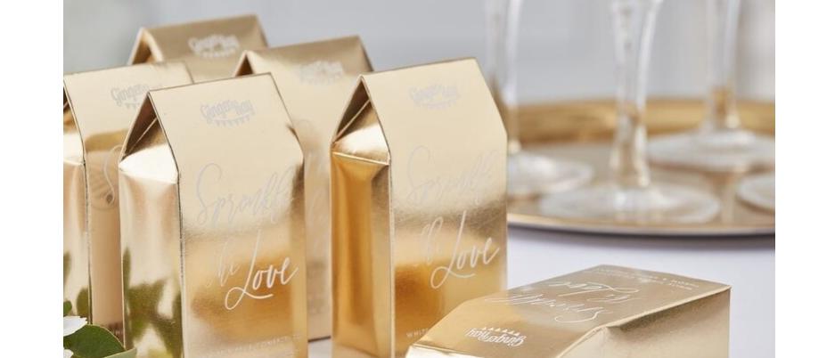 wedding confetti, biodegradable wedding confetti, gold confetti boxes, confetti for a wedding