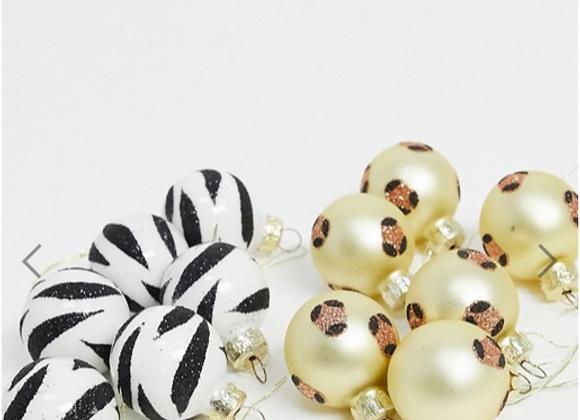Christmas tree decorations, zebra print Christmas tree decorations, leopard print Christmas decorations