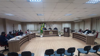 Projetos e Requerimentos Aprovados em Reunião Ordinária