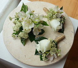 Boutonnieres and corsages for Prom!