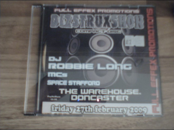 Robbie Long - Dizstruxshon