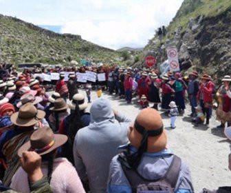 Con desafíos en tribunales, indígenas de Perú frenan proyectos de minería y petróleo