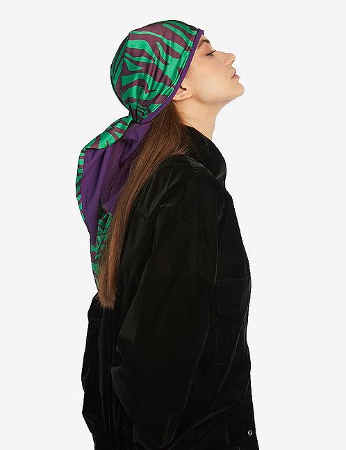 Head shawl green animalistic print