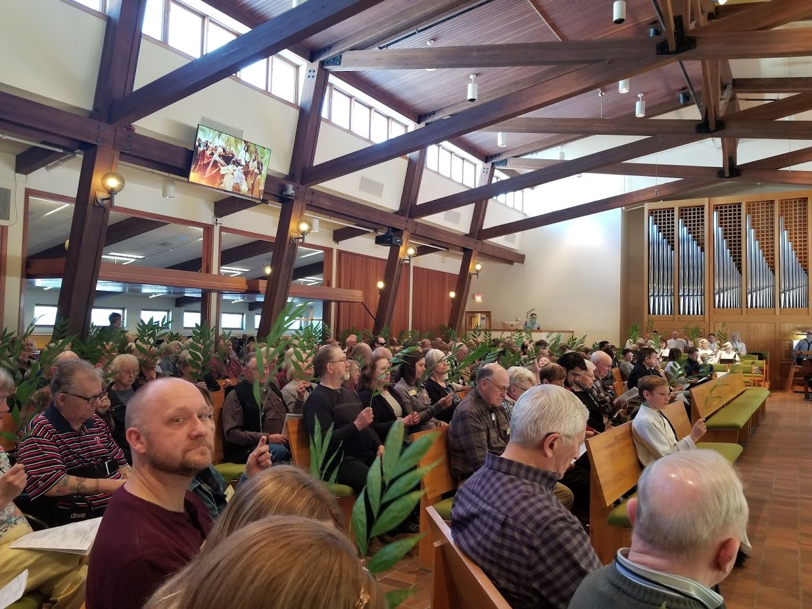 Congregation Palm Sunday