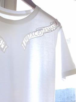 10thのアイテムはRBTXCOの刺繍加工などを一手に引き受けて頂いているキング刺繍さんと開発したオリジナル加工「チュールサンドウィッチ」を使用したオリジナルTeeシャツです。__レーザーカ