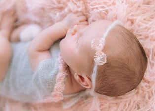 Newborn Neugeborene Fotografie Oberrieden Thalwil Horgen Babybauch Familienfotos