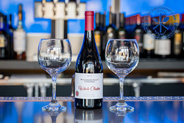 Willamette Valley Vineyards Pinot Noir2.jpg