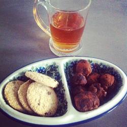 gluten-free cookies, and homemade truffles, enjoy Sunday! _#glutenvrij #sunday #foodblog #homemade #