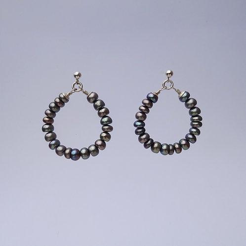 hoops } pearls gray