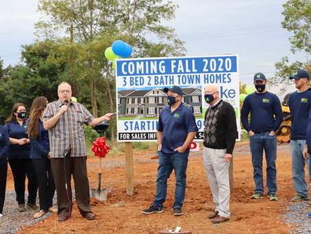 Mayor Eugene R. Tewalt and Homeowners Join Hike Construction Inc. for Groundbreaking Ceremony