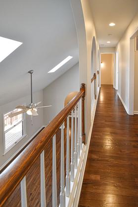 Pinoak Reno Hallway
