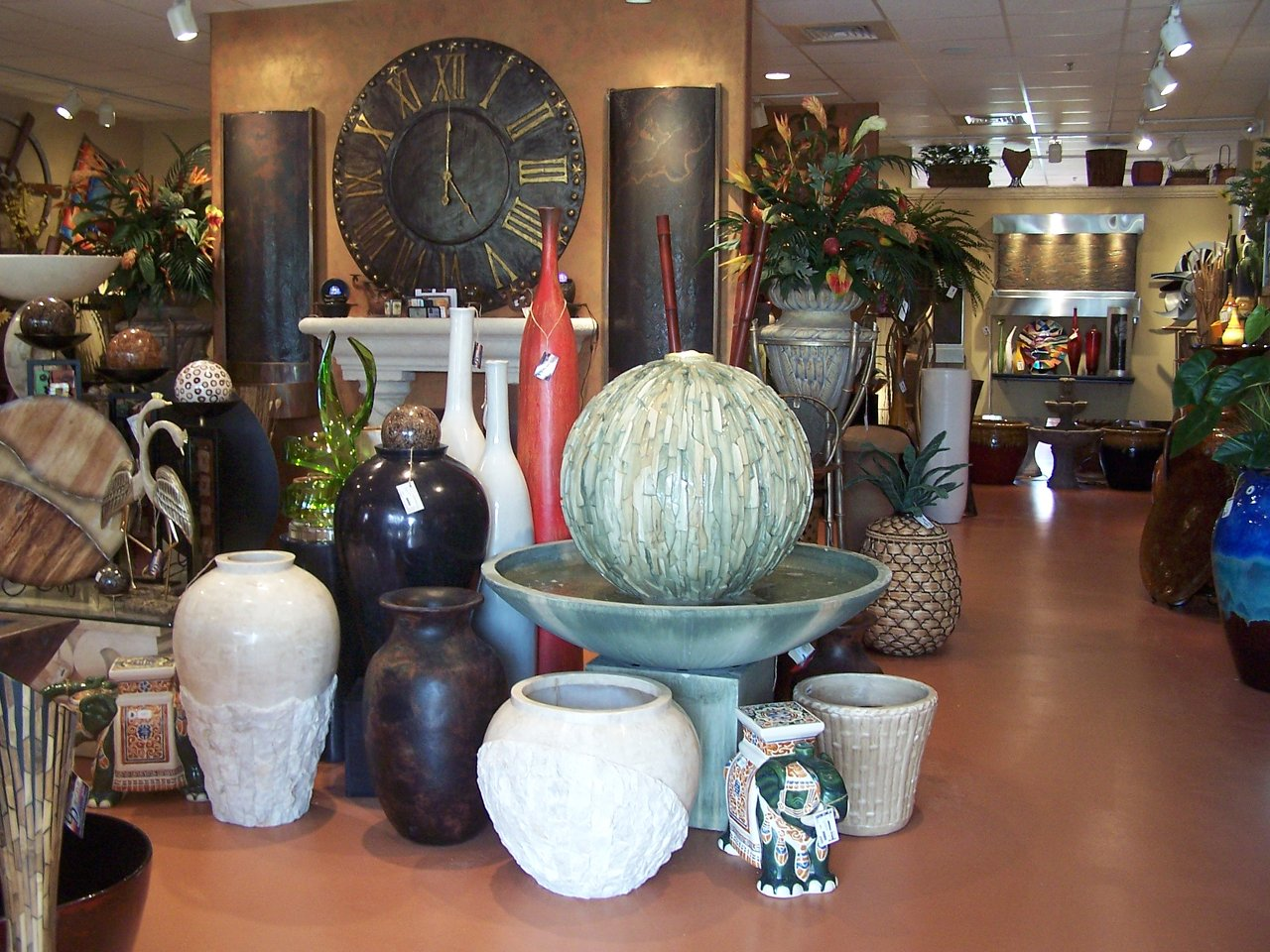 JXC Landscaping Pots / Fountains