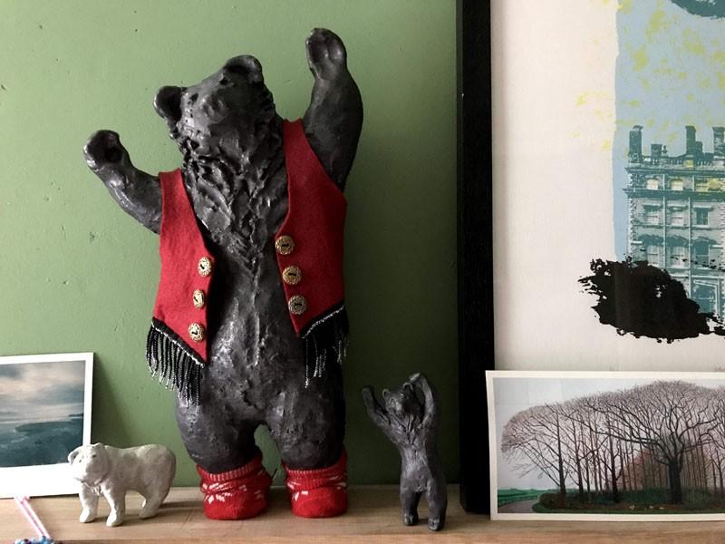 Big dancing bear