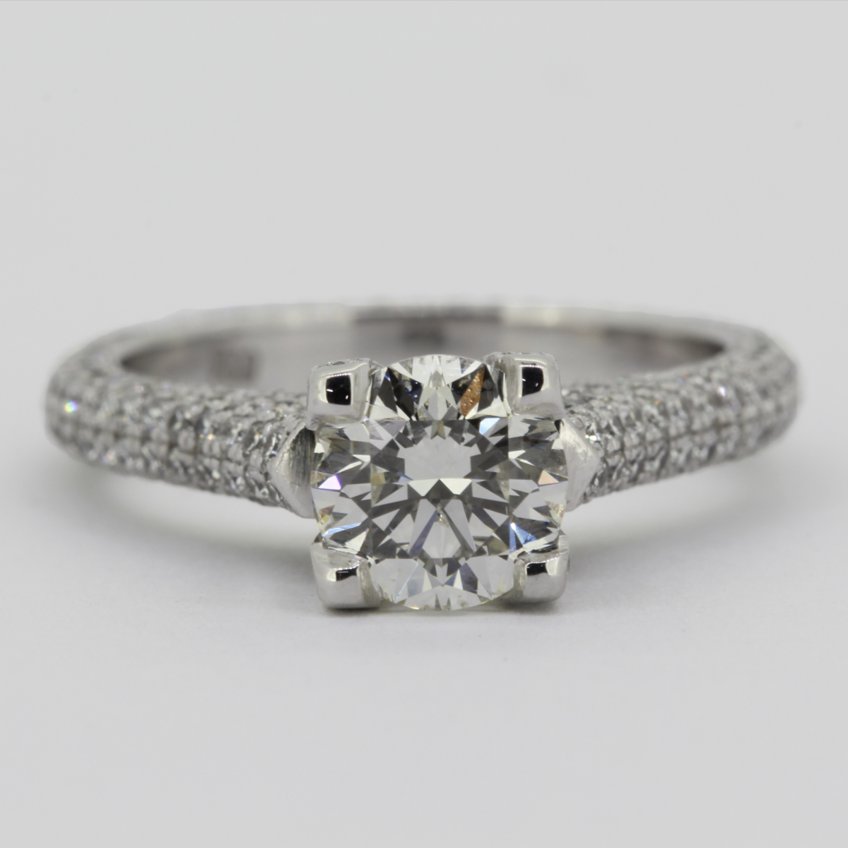 illoom diamond engagement rings