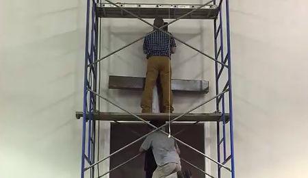 Hanging the Cross
