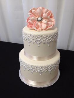 Ivory Lace cake_edited