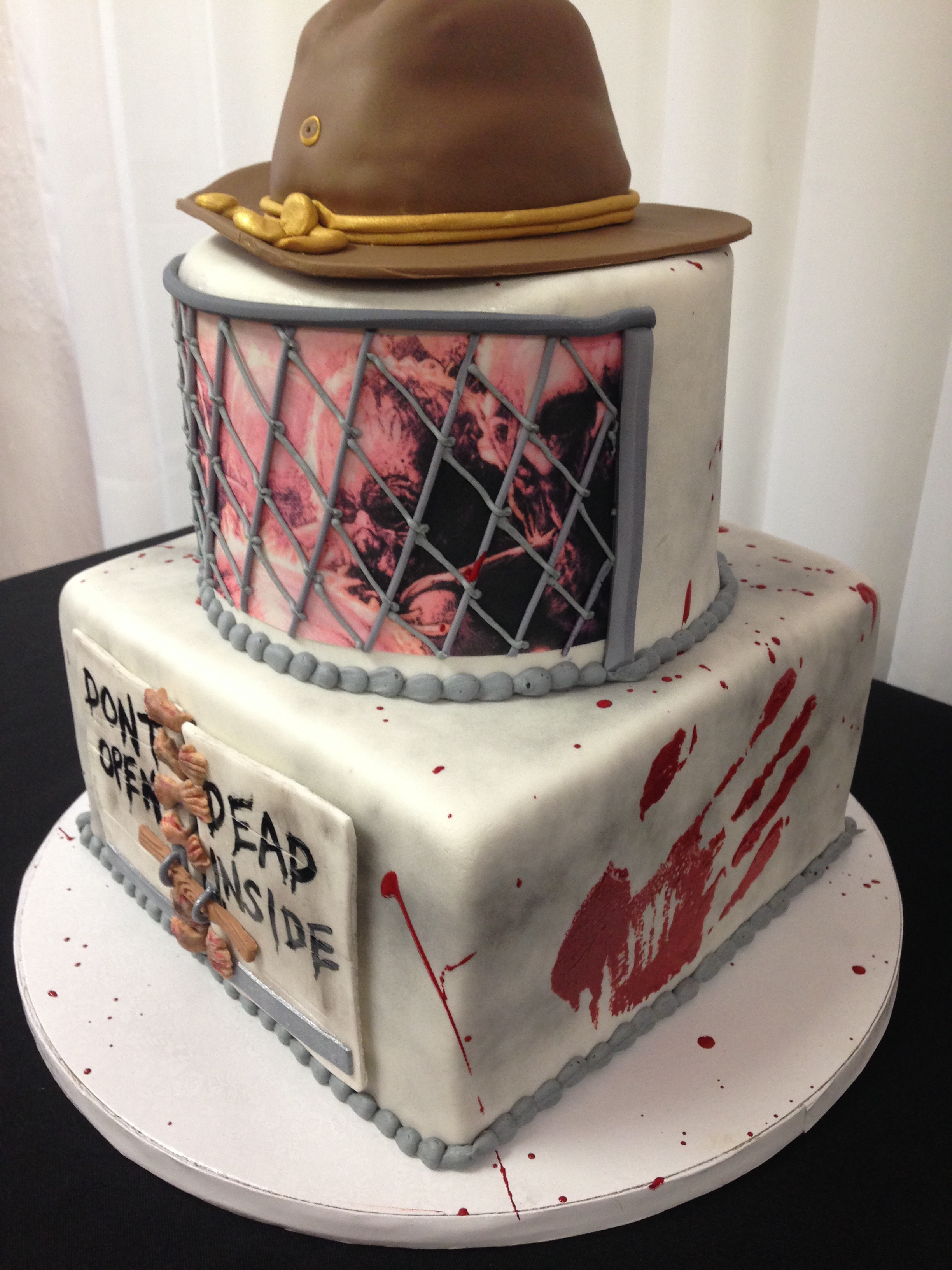 Walking Dead cake