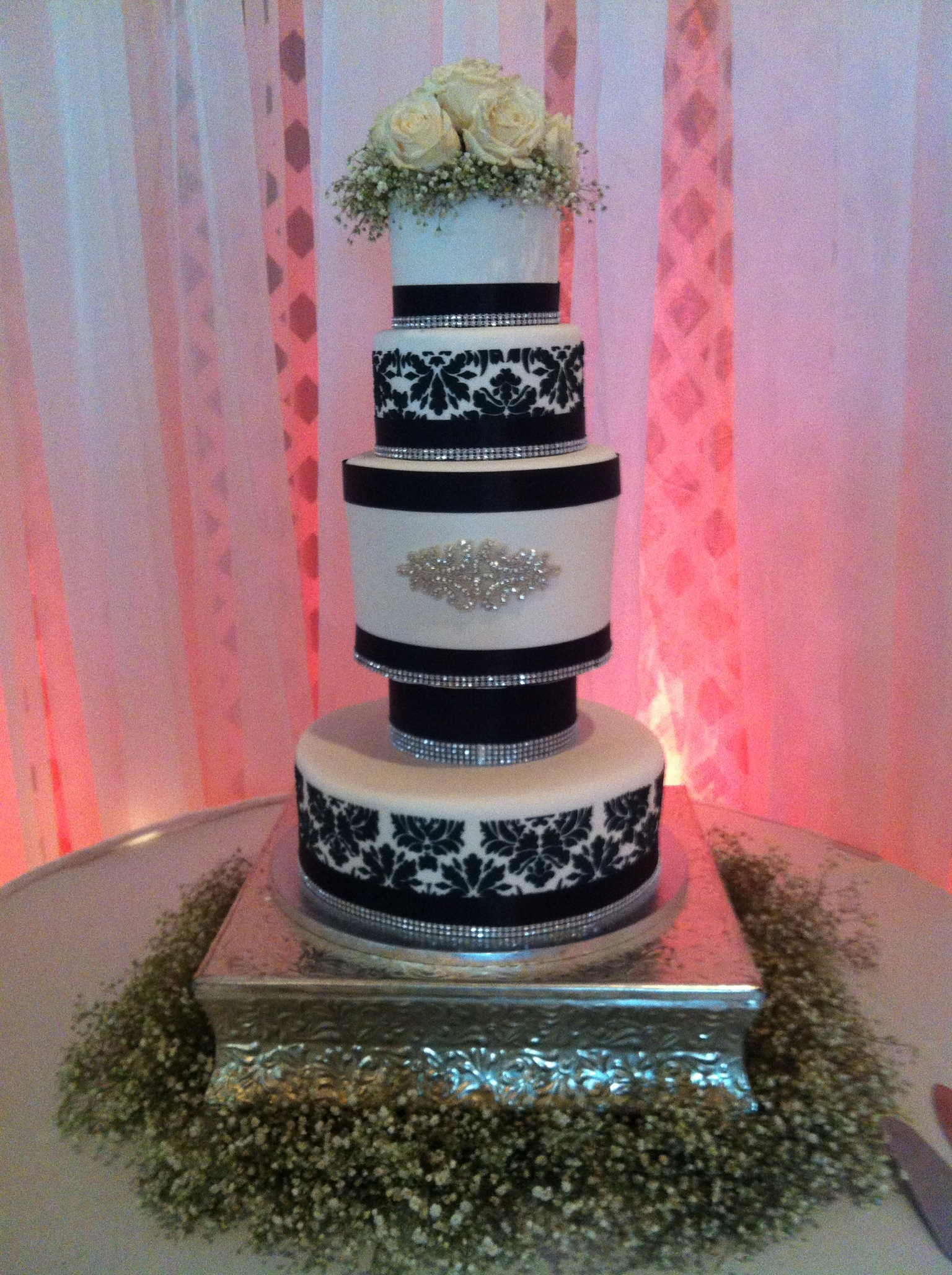 Black and white 5-tier wedding cake