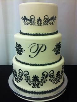 Black and white 3-tier wedding cake