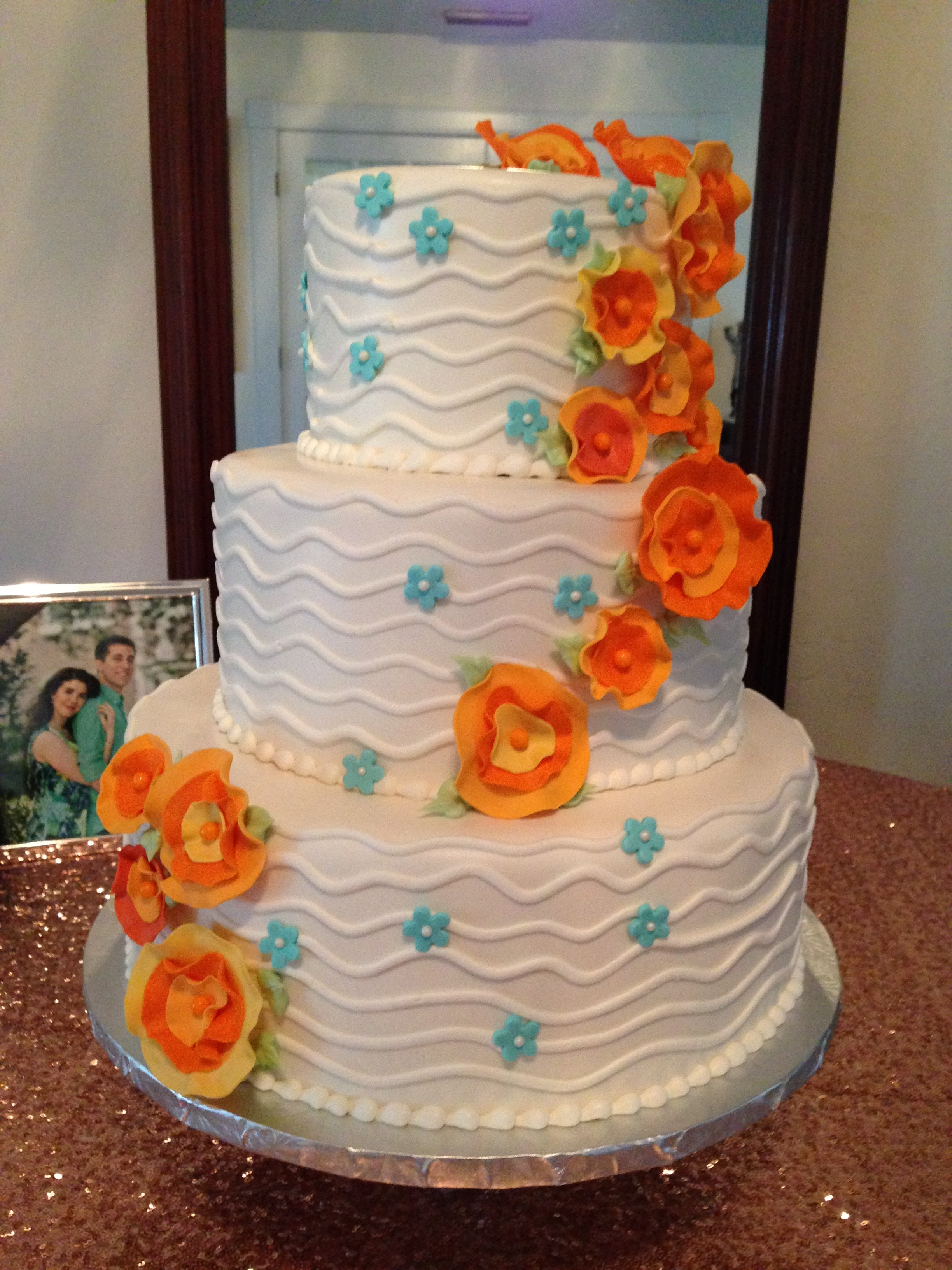 Fodant Ribbon Flowers Wedding Cake